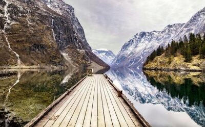 Фотообои Вид из деревни Gudvangen к фьорду, Норвегия