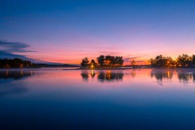 Фотообои Вид кабины на берегу озера в Онтарио, Канада