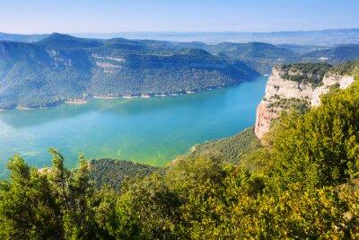 Фотообои Вид Сау водохранилище осенью. Каталония, Испания