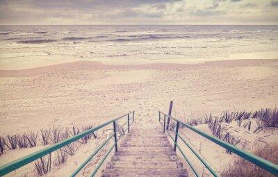 Фотообои Урожай тонированное деревянные лестницы на пляже