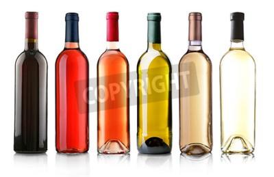 Фотообои Винные бутылки в ряд, изолированных на белом