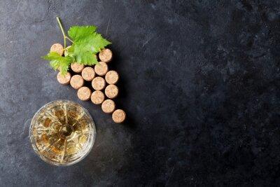 Фотообои Винные пробки форма винограда и виноградной лозы
