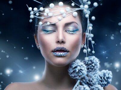 Фотообои Зимние красоты девушку. Рождество девушка макияж
