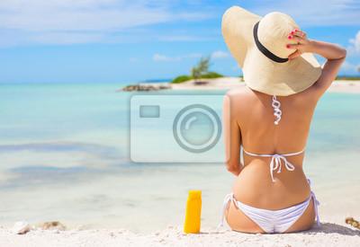 Фотообои Женщина, загорать на пляже