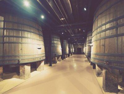 Фотообои деревянные бочки в старом подвале