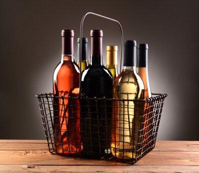 Плакат Телеграфный Корзина корзины заполнены с винных бутылок