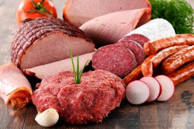 Плакат Ассорти мясных продуктов, включая ветчину и колбасы