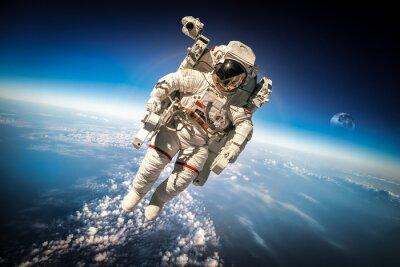 Плакат Астронавт в космосе