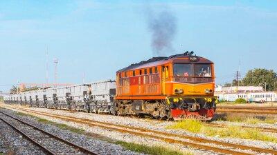 Плакат Балластный поезд отбывал двор. Таиланд - август 2013, Track ballust долг отбывал Пан Pachi узел. (Takekn из общественной области.)