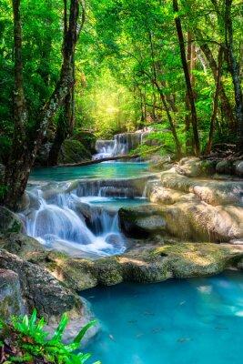 Плакат Красивый водопад в Таиланде тропический лес