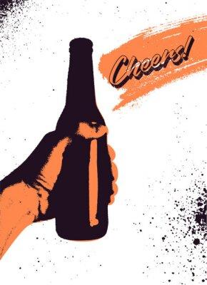 Плакат Пиво типографская винтажном стиле гранж-постер дизайн. Рука держит бутылку пива. Ретро векторная иллюстрация.