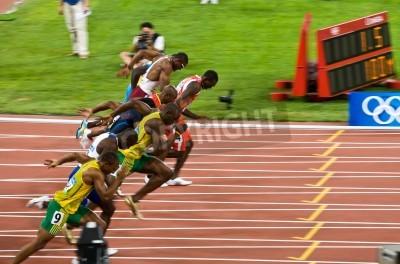 Плакат Пекин, Китай - 16 августа 2008:, Олимпиада, Усэйн Болт отрывается в гонке на 100 метров для мужчин