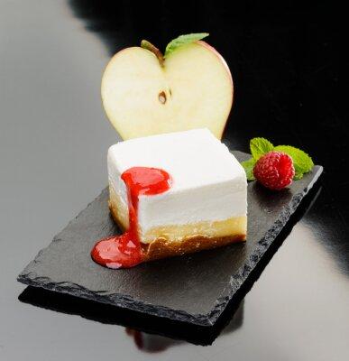Плакат Cheesecake con mela e mousse di lampone