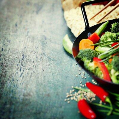 Плакат Китайская кухня. Вок приготовления пищи овощи.