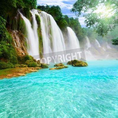 Плакат Detian or Ban Gioc waterfall along Vietnamese and Chinese board.