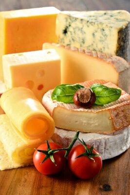 Плакат Различные виды сыра на кухонный стол