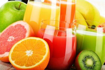 Плакат Стекла ассорти фруктовый сок. Детокс диета