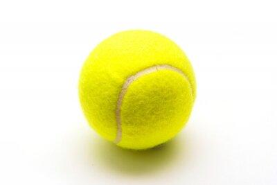 Плакат зеленый теннисный мяч на белом фоне