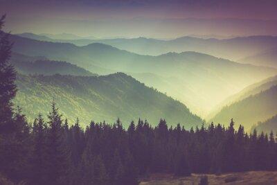 Плакат Слои горы и туман в долинах.
