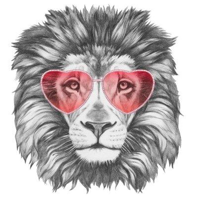 Плакат Лев в любви! Портрет Льва с сердцем формы солнцезащитных очков. Ручной обращается иллюстрации.