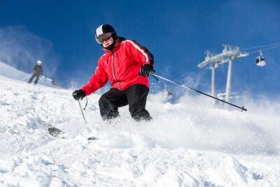 Плакат Мужчина лыжник лыжи на горнолыжном курорте