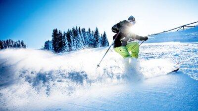 Плакат Человек на лыжах вниз по склону
