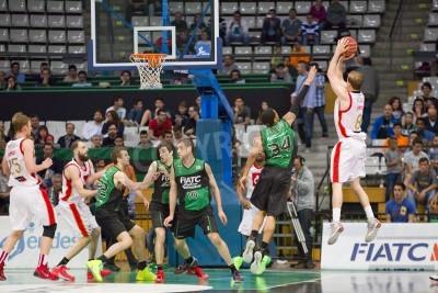 Плакат Майкл Рулон Сарагоса в действии на испанский баскетбольной лиги матч между Ховентут и CAI Сарагоса, окончательный счет 82-57, 13 апреля 2014 года, в Бадалоне, Испания