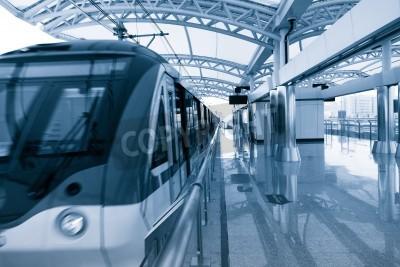 Плакат Современная архитектура света железнодорожной станции в Шанхае, Китай.