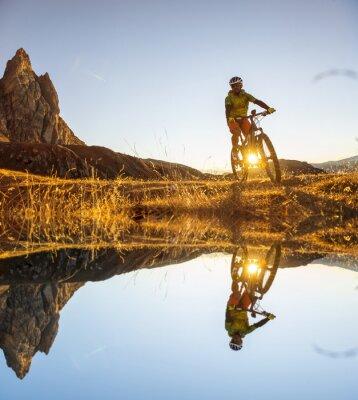 Плакат Велосипедистов на озере