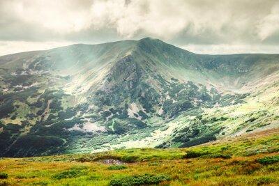 Плакат Горный пейзаж в летний период