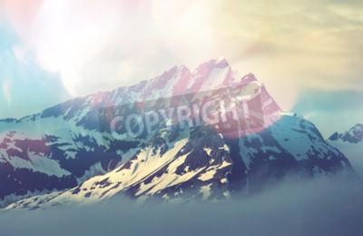 Плакат горная вершина