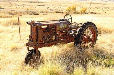 Плакат Старый трактор