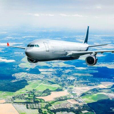 Плакат Пассажирский самолет в небе