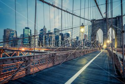 Плакат Бруклинский мост ночью, Нью-Йорк.