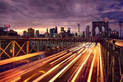 Плакат Night car traffic on Brooklyn Bridge in New York City