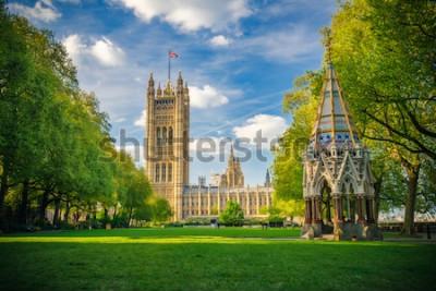 Плакат Вестминстерское аббатство, вид с башни Виктория Гарденс, Лондон, Великобритания