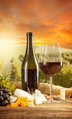 Плакат Красное вино Натюрморт с виноградника на фоновый