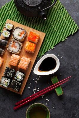 Плакат Набор суши и маки ролл и зеленый чай