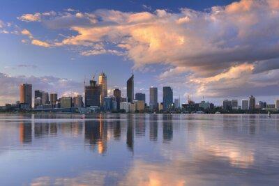 Плакат Горизонты Перт, Австралия через реку Лебедь на закате