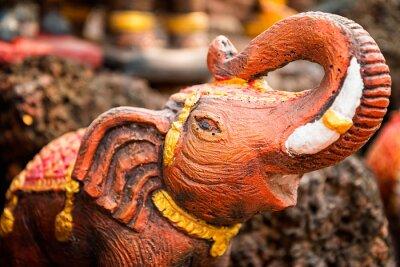 Плакат Малая статуя слона