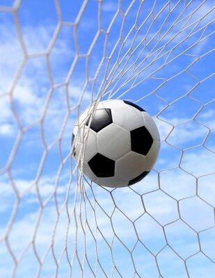Плакат футбольный мяч в ворота на голубом небе