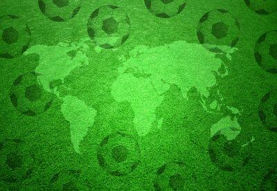 Плакат Футбольное поле трава с картой мира и футбольные мячи шаблон.