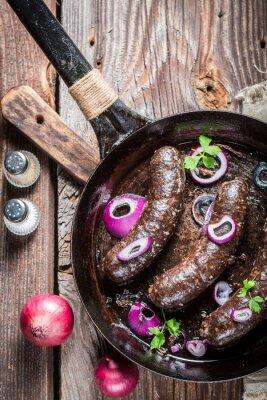 Плакат Вкусный черный пудинг с петрушкой и луком