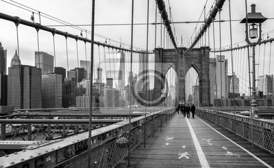 Плакат Бруклинский мост в Нью-Йорке, США.