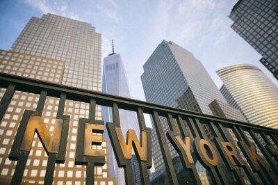 Плакат Современные небоскребы в центре города Манхэттен города Нью-Йорка башни в голубое небо