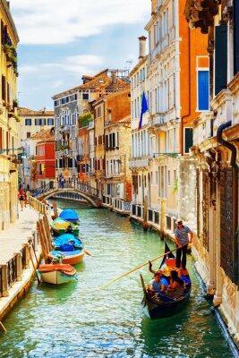 Плакат Туристы, путешествующие в гондоле, Рио-Марин канал, Венеция, Италия