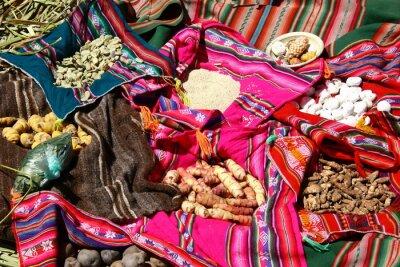 Плакат Traditionelles Эссен Auf Дена Урос острова - Titicacasee, Перу