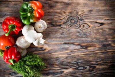Плакат овощи на деревянном фоне