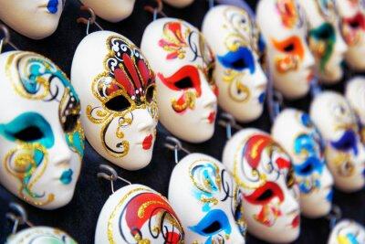 Плакат Венецианские полнолицевые маски для карнавала в магазине, Венеция, Италия