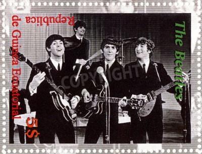 Плакат РЕСПУБЛИКА Гвинея ECUTORIAL � CIRCA 2003: The Beatles - 1980-е годы знаменитый музыкальный поп-группа.